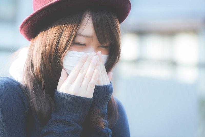 一人暮らしで辛いインフルエンザにかかった時に買い物や食事、外出はできる?